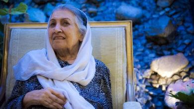 Photo of مادر نقاشیهای شیشهای درگذشت